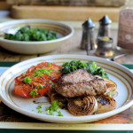 Paleo 5:2 Diet Recipe for Pepper Steak with Pan-fried Onions, Tomatoes and Spinach