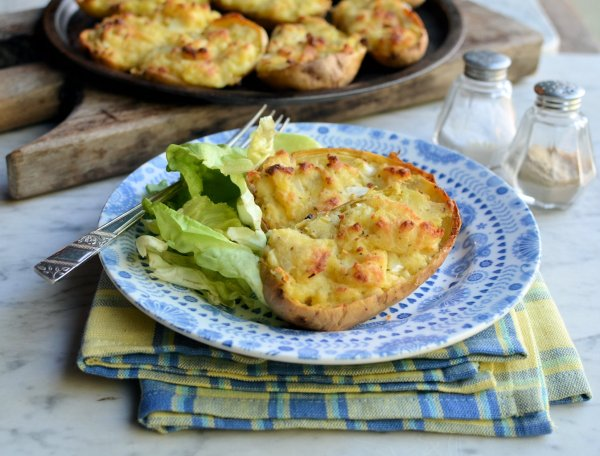 Meal Planning Monday and Cheesy Stuffed Supper Spuds (Baked Jacket Potatoes) Recipe