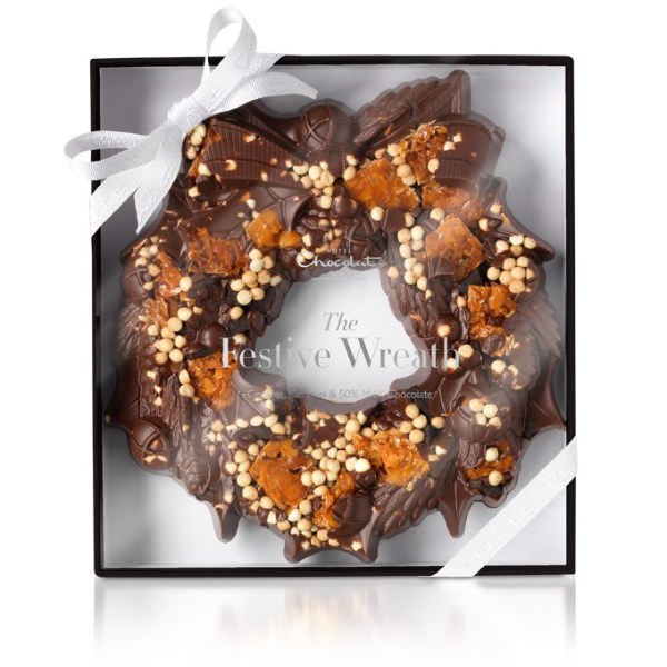 chocolate-caramel-wreath