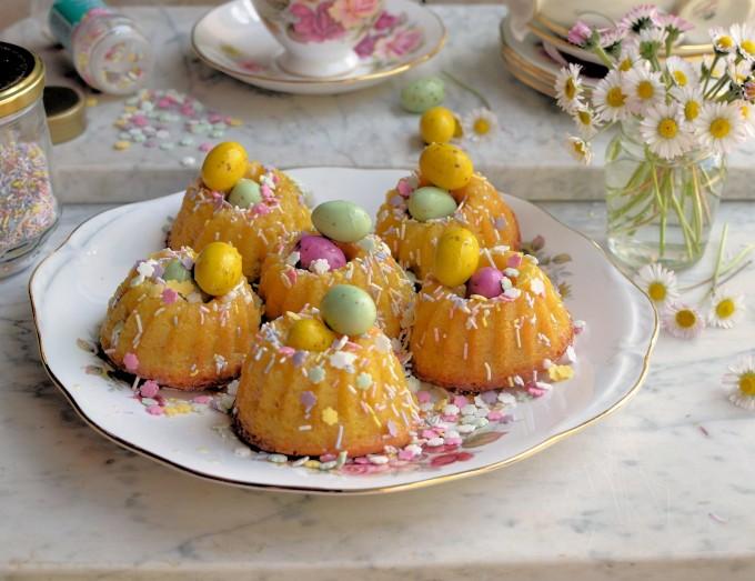 Mini Chocolate Drizzle Bundt Cakes