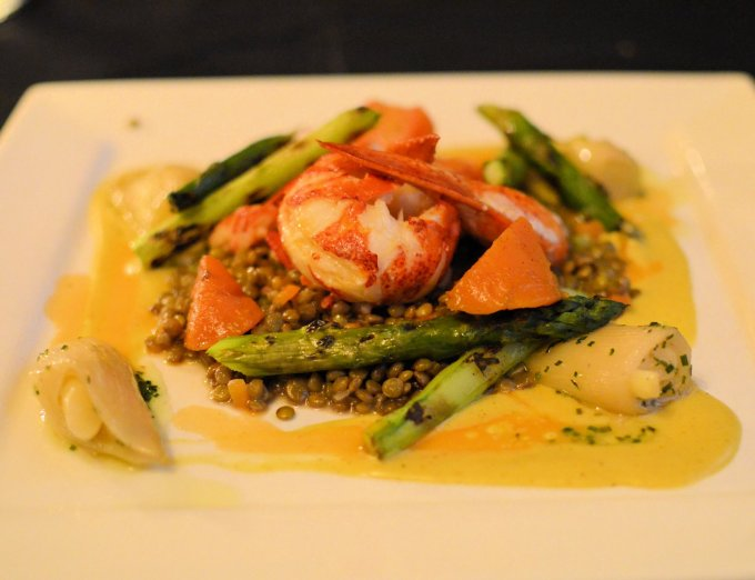Fresh Lobster on Puy Lentils with a Mango Sauce and Asparagus