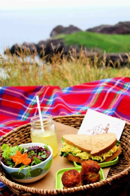 Lighthouse Picnics