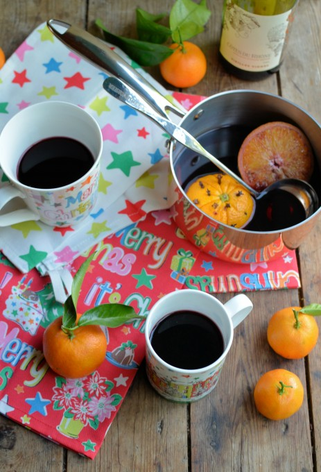 Spiced Mulled Wine (Vin Chaud)