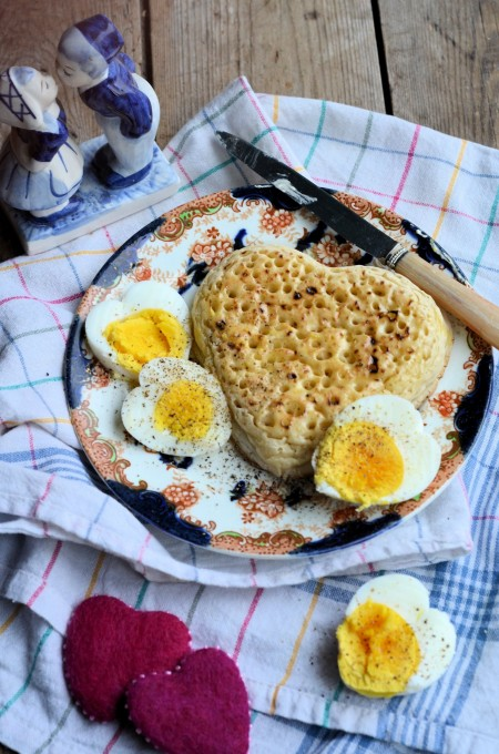 BREAKFAST IN BED WITH HEARTS, EGGS AND CRUMPETS