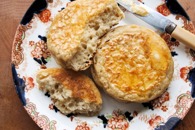 Home-made Crumpet Recipe for a Tea Time Treat