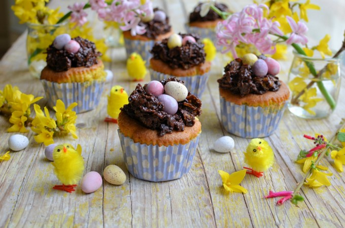 Easter Nest Cup Cakes for the Easter Weekend Tea Time Table