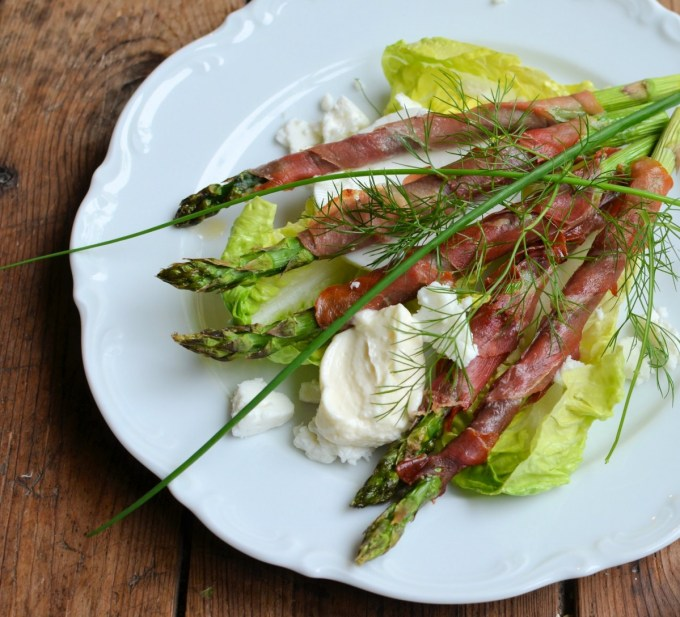 Serrano wrapped Asparagus with Baby Gem Lettuce, Bronze Fennel, Aioli, Chives and Goat's Cheese