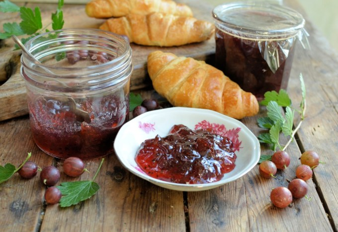 An Old Cottage Garden and a Pink Gooseberry & Elderflower Jam Recipe
