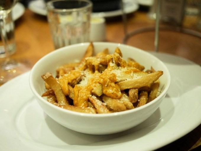Cheesy Chilli Fries