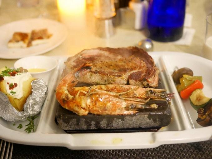 Black Rock Grill;