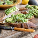 https://www.lavenderandlovage.com/2014/04/avocado-love-south-african-style-guacamole-and-cream-cheese-tartines.html