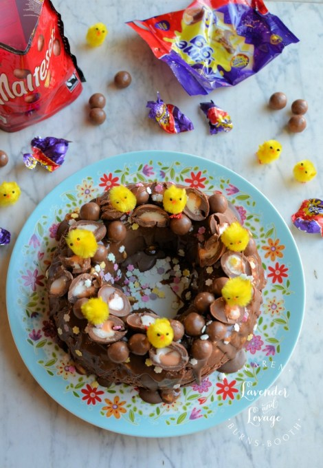 No Bake Creme Egg & Malteser Chocolate Tiffin Bundt Cake