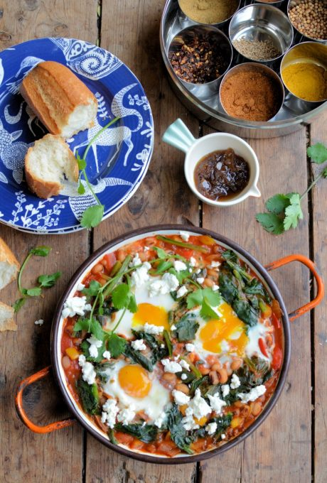 A tasty North African and Middle Eastern breakfast dish, Shakshuka is a one-pot pan of deliciousness with tomatoes and eggs being the main protagonists. (This recipe is a low fat, vegetarian and is packed with protein - it comes in at only 256 calories per serving and 5 Weight Watchers smart points per serving. Adapted from WW Magazine March 2016)