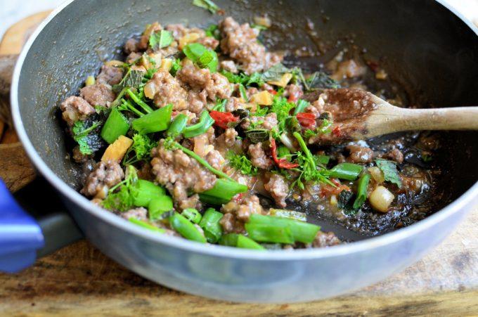Spicy Beef Larb Lettuce Wraps