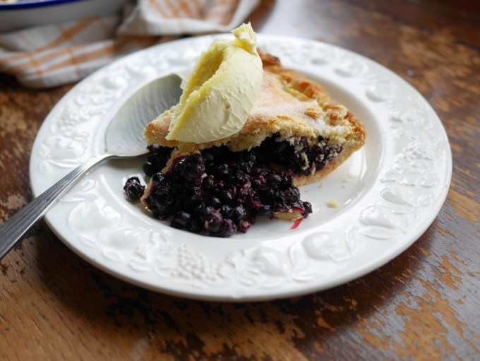 Bilberry Pie and cream