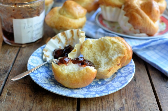 Buttery Brioche with jam