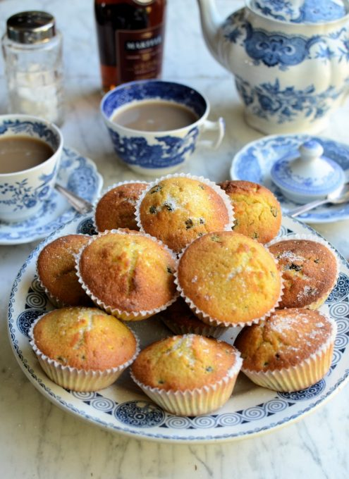 Queen Cakes for Mothering Sunday
