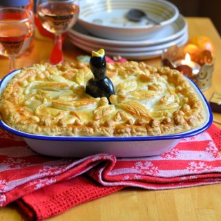 A delectable and hearty pie which is perfect for a cosy Christmas Eve fireside supper, especially when served with a glass of chilled Provence Rosé wine.
