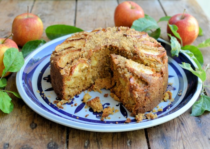 Spiced Apple Cake with Brown Sugar