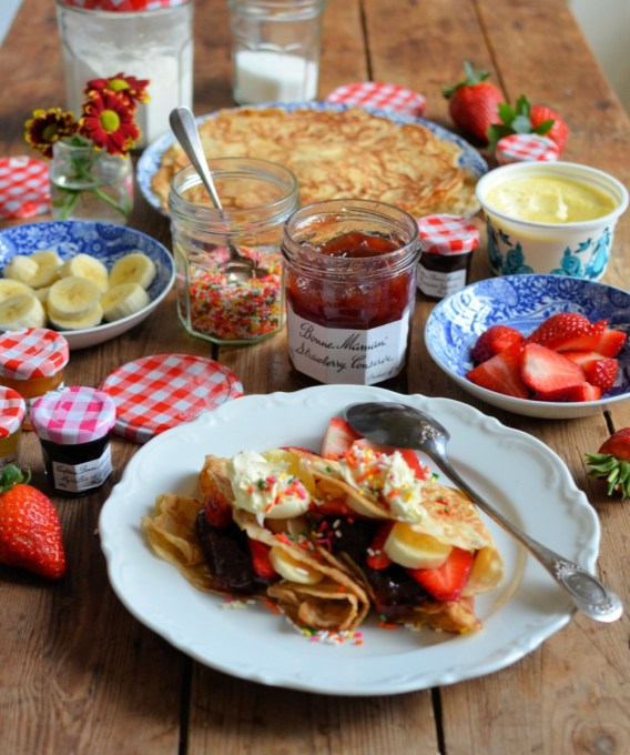 strawberries and cream pancakes (
