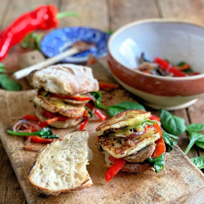Halloumi Burger & Rainbow Veggies