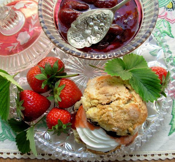 Devon Cream Tea with Strawberry Jam and Scones