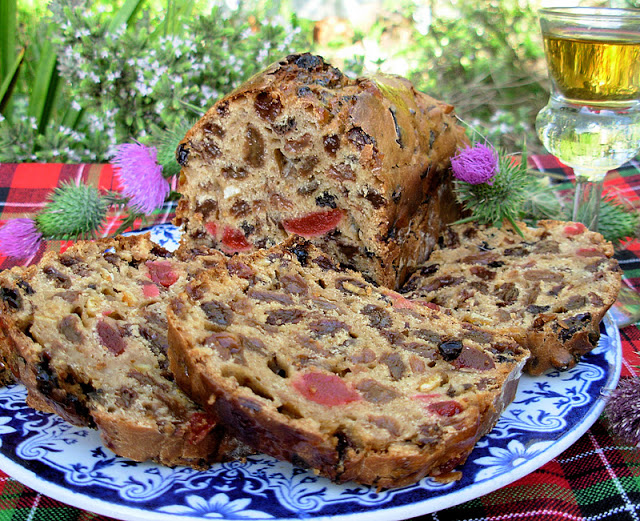 Fruited Tea Loaf with Whisky