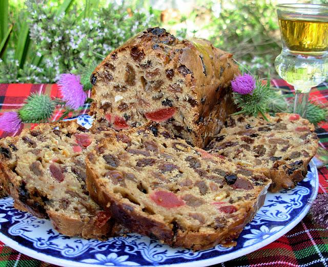 Fruited Tea Loaf with Whisky