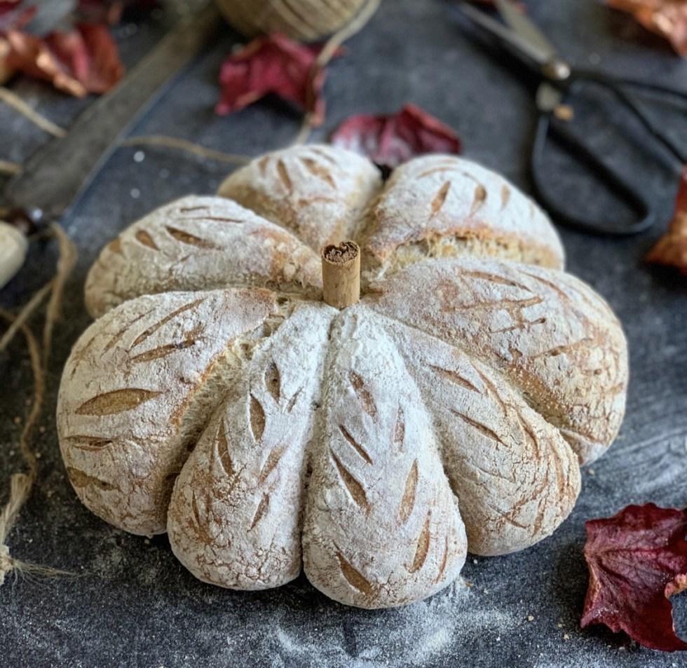 No Knead Sourdough Pumpkin Bread