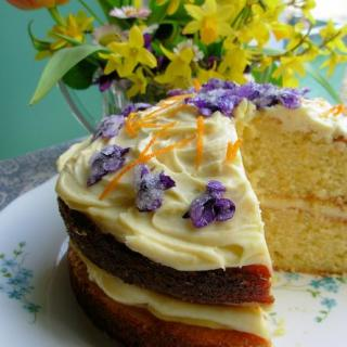 Victorian Spring Posy Cake for Easter or Mother's Day using Crystallised Violets