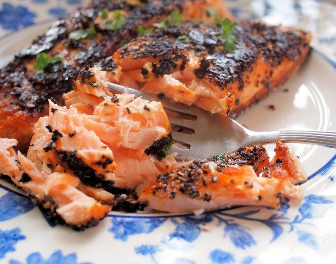 Chilli and Garlic Blackened Salmon Fillets