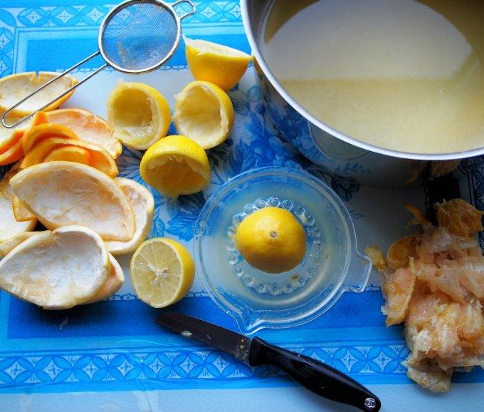 Making Three Fruit Marmalade