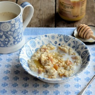 """My Mum's """"Teacup Apricot and Honey Porridge"""" Recipe for a Cold March Morning"""