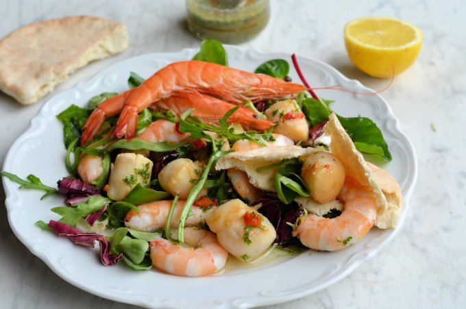 Scallop and Prawn Platter with Chilli Herb Vinaigrette