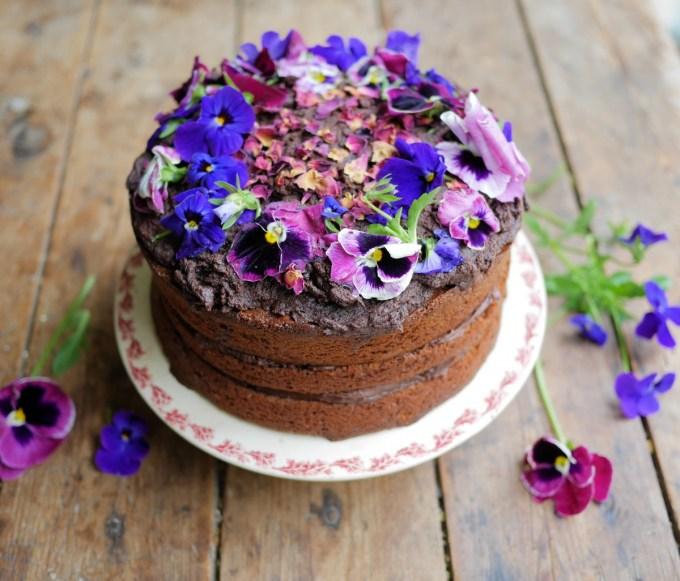 Swedish Chocolate Fudge Flower Cake (Kladdkaka)