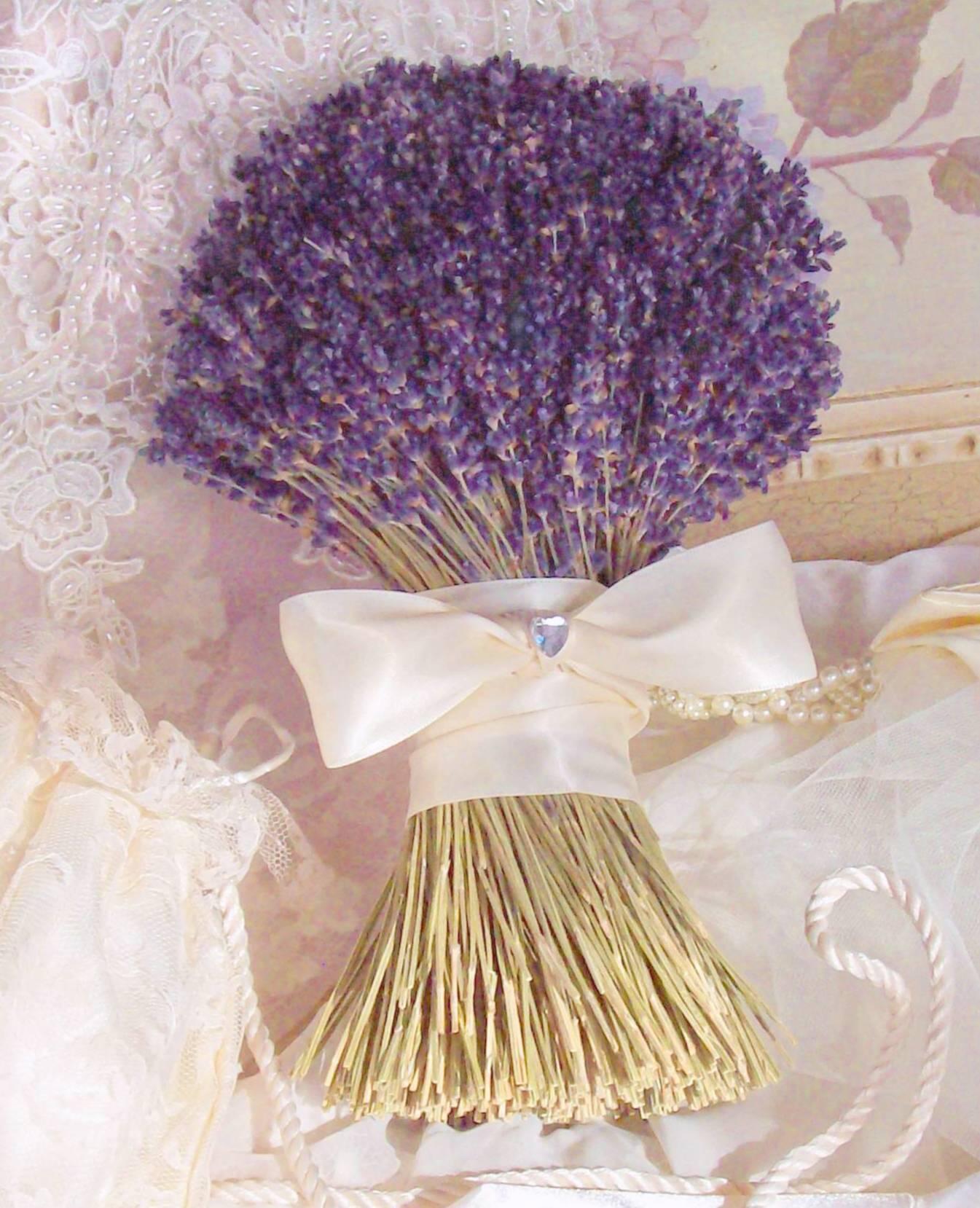 Mariages Rétro Les bouquets de Lavande
