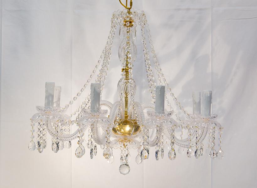 Lampade e lampadari di ogni tipo e stile, consulenza illuminotecnica, assistenza e manutenzione. Lavera Lampadari Illuminazioni A Roma Via Di Portonaccio 160