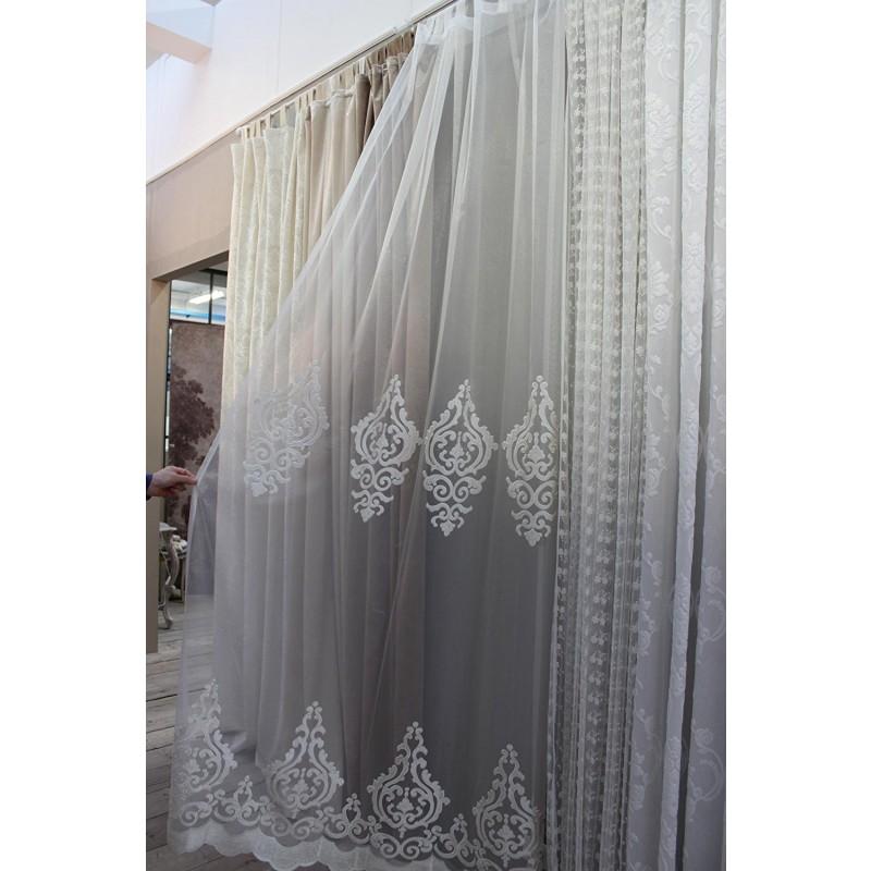 Tenda Blanc Maricl 140x290 cm ricamo barocco con passanti