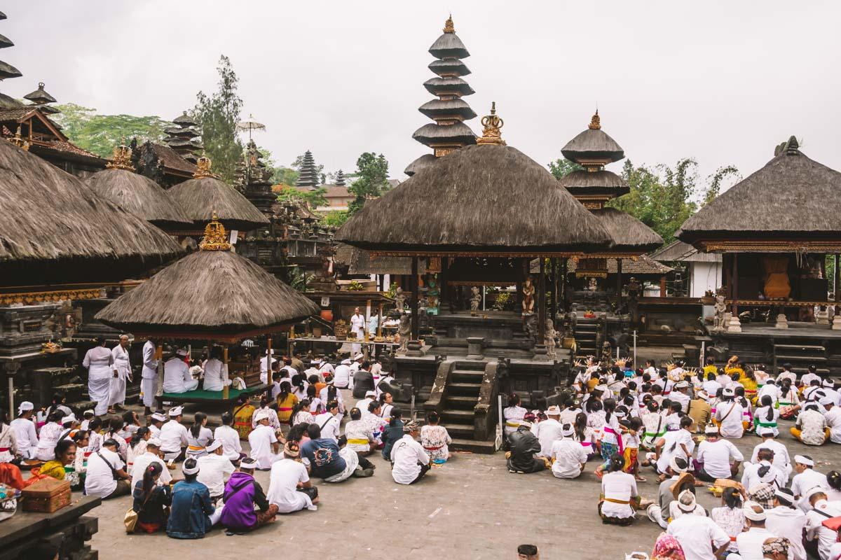 templi più importanti bali besakih madre