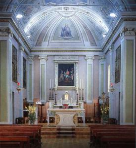 Regona-interno chiesa