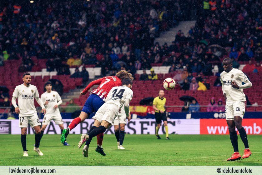 Griezmann hace el dos a uno para el Atleti. Foto: Rubén de la Fuente
