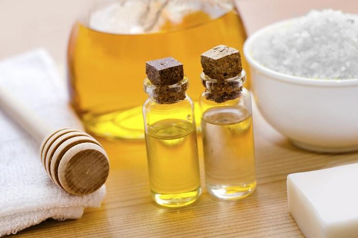sal marina con aceite de coco y miel para dormir