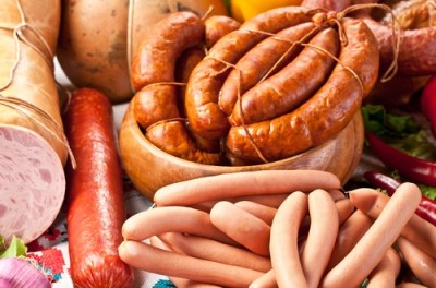 Salchichas embutidos alimentos inflamatorios
