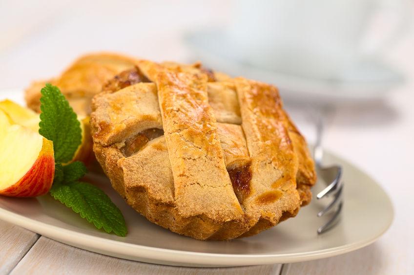 Preparando una Tarta de manzana Alsaciana