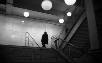 escalier et lampes