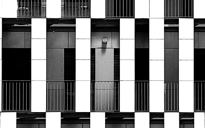 Le balcon rouge