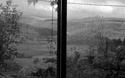Voilà la pluie qui tombe…