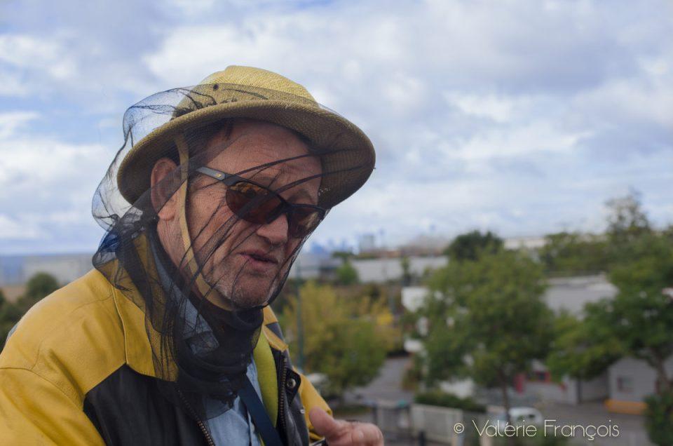 Miel de Paris : découvrez  Hervé apiculteur urbain