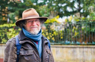 Jean-Claude Denard, membre de l'association Chaville Environnement dans les Hauts-de-Seine et surtout intarissable amoureux des arbres.