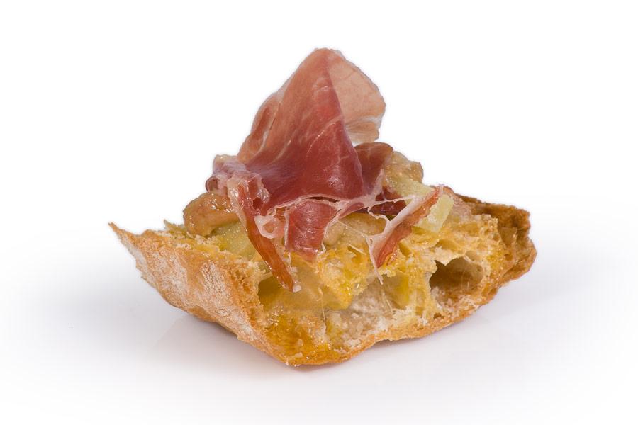Josellini gratin on cristal bread